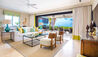 The Sandpiper : The Sandpiper: Beach House Suite Sand Dollar - Living Room