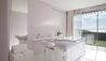 La Reserve Ramatuelle Hotel Spa & Villas : Spa Treatment Room