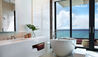 Kimpton Seafire Resort & Spa : Bathroom