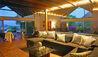 Morne Trulah : Living Room