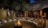 Ulusaba Private Game Reserve : Safari Lodge Suite Firepit