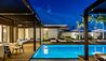 Silversands Grenada : Beachfront Villa Pool Deck