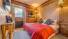 Chalet Elephant Blanc : Bedroom One