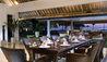 Villa Atas Ombak : Dining