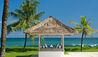 Villa Atas Ombak : Poolside Cabana