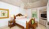 Caprice : Bedroom
