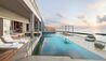 The St. Regis Maldives Vommuli Resort : Outdoor Swimming Pool in accomodation