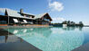 Spicers Peak Lodge : Infinity Pool