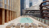 Equinox Hotel Hudson Yards : Outdoor Swimming Pool