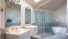 Solitaire Lodge : Tarawera Suite Bathroom