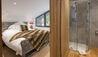 Stuckdarach : Studio Bedroom/Bathroom