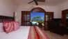 Cap Maison Villas : Ocean View Villa with Pool - Master Bedroom