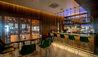 Fort Young Hotel & Dive Resort : Warner's Bar