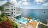 Fort Young Hotel & Dive Resort : Swimming Pool and Views
