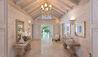 Bluff House : Foyer