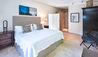 Shoestring : Guest Bedroom