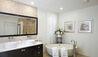 Cool Wind, Westland Heights : Guest Bathroom