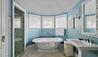 Rosewood Bermuda : Guest Bathroom