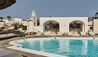 Vedema, a Luxury Collection Resort, Santorini : Main Pool and Pool Bar