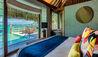 InterContinental Bora Bora Resort and Thalasso Spa : Overwater Villa Bedroom