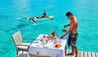 Conrad Bora Bora  Nui : Canoe Breakfast