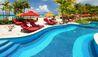 O2 Beach Club & Spa : Pool Deck