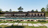 The Olivar Suites : Restaurant and Swimming Pool