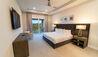The Bear's Den Resort : Bedroom