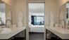 Almyra : Premium Sea View Bathroom